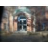 Forscherdämmerung am Institut für experimentelle Infektiologie (IEI)  Nachdem in Berlin ein scheinbar mit Anthrax-Bazillen verseuchter Brief sichergestellt wurde, stellt IEI Direktor Krantz sein Institut auf Forschung zur Abwehr biologischer Waffen um. IE