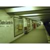 Ausgangspunkt U-Bahnhof Sophie Charlotte Platz: Beatrix Nagels Ehemann und Arbeitskollege landet bei einem Streifzug durch das nächtliche Berlin in den weichen Armen einer Frau und teilt am nächsten Tag Hiebe aus.