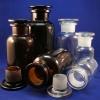 Weithals-Standflaschen in Klarglas und Braunglas